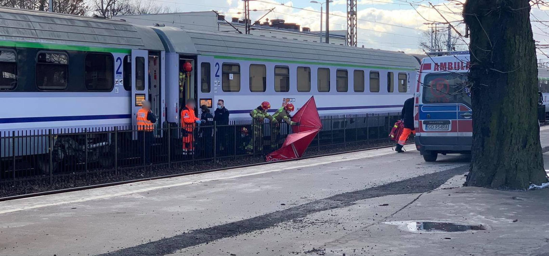 Inowrocław - Tragedia na dworcu. Mężczyzna pod pociągiem