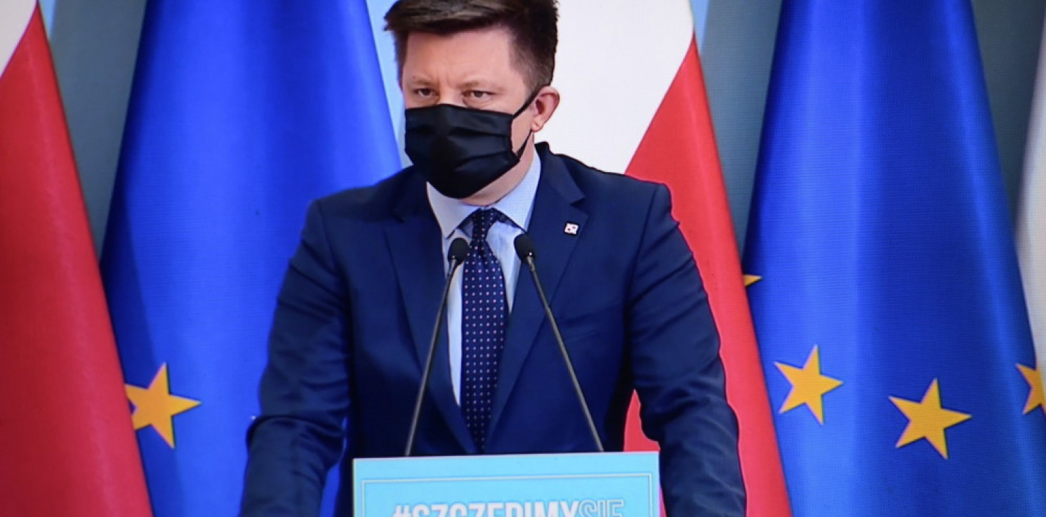 Kraj - Dworczyk: od 28 kwietnia rejestracja dla osób w wieku 30-39, które zgłosiły chęć zaszczepienia się