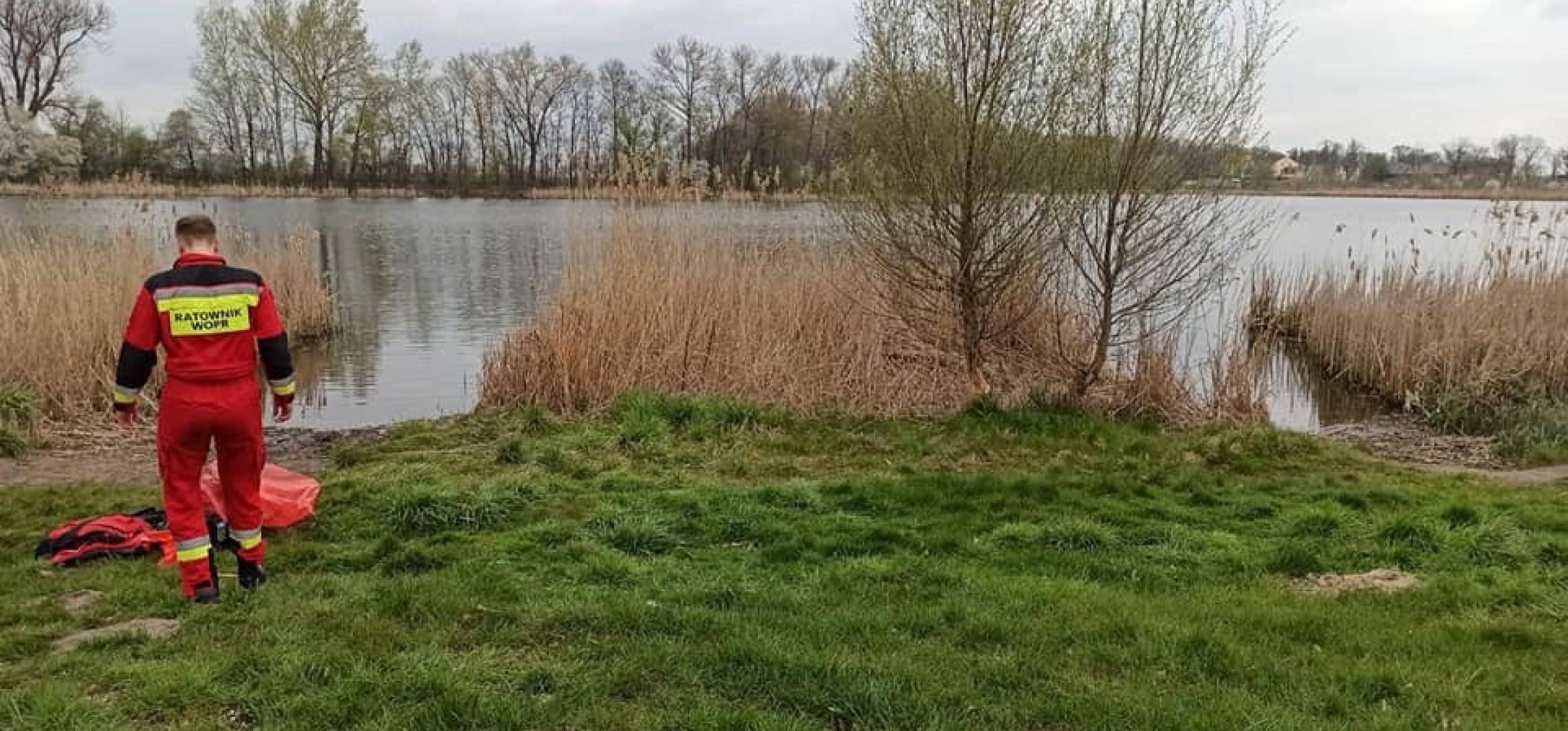 Kruszwica - Gocanowo. Zwłoki kobiety pływały w jeziorze