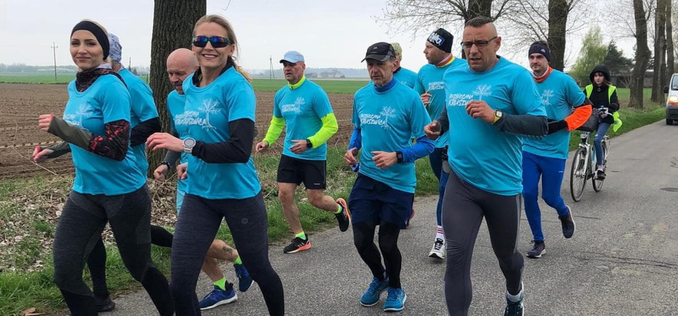 Kruszwica - Rozbiegana Kruszwica powitała maj... biegająco