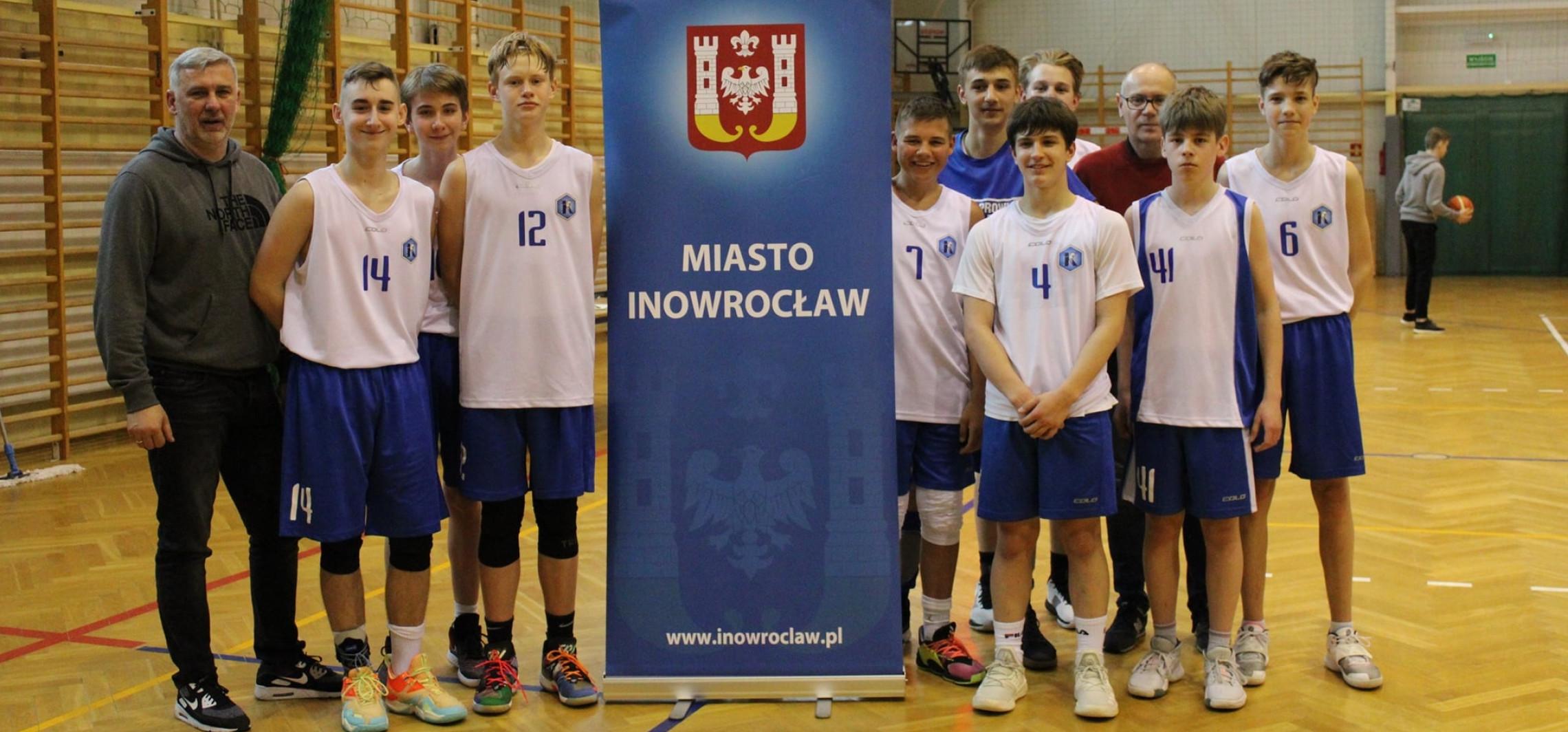 Inowrocław - Świetny występ i awans koszykarzy Kasprowicza