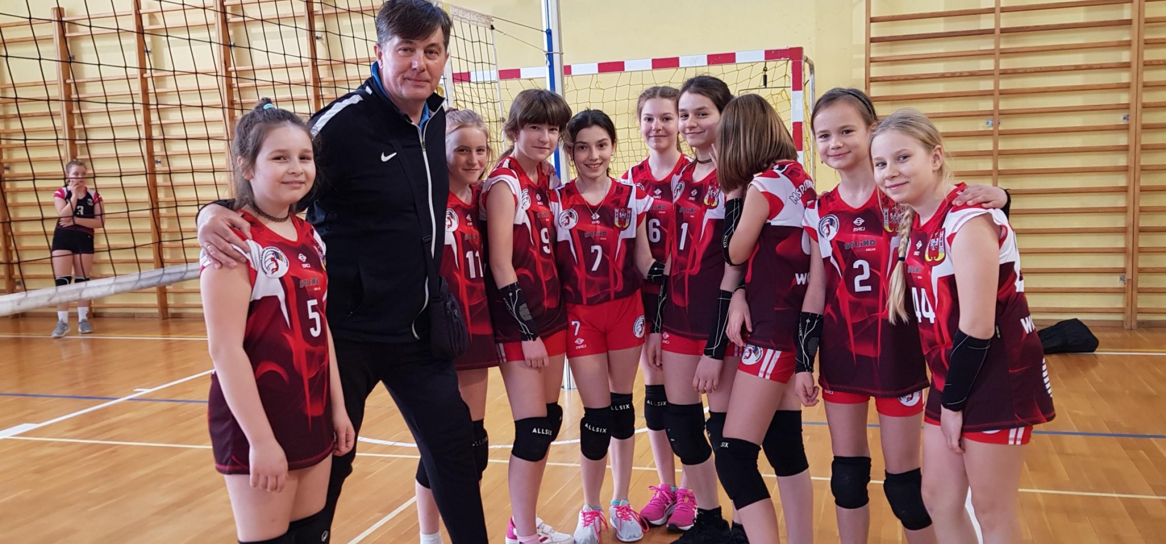 Inowrocław - Świetny występ młodych siatkarek z Inowrocławia