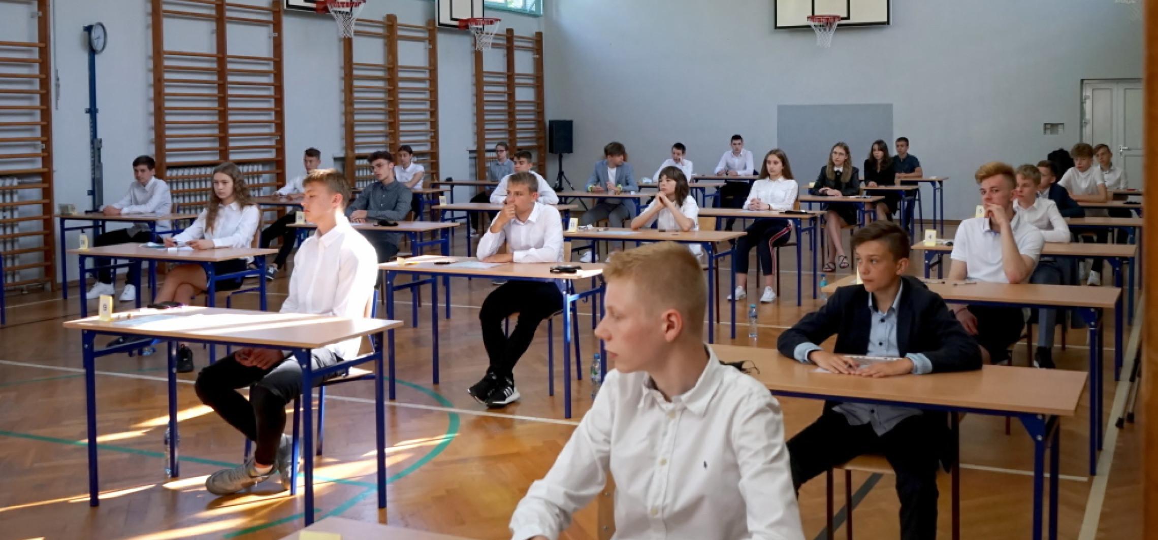 Kraj - We wtorek rozpoczyna się trzydniowy egzamin ósmoklasisty