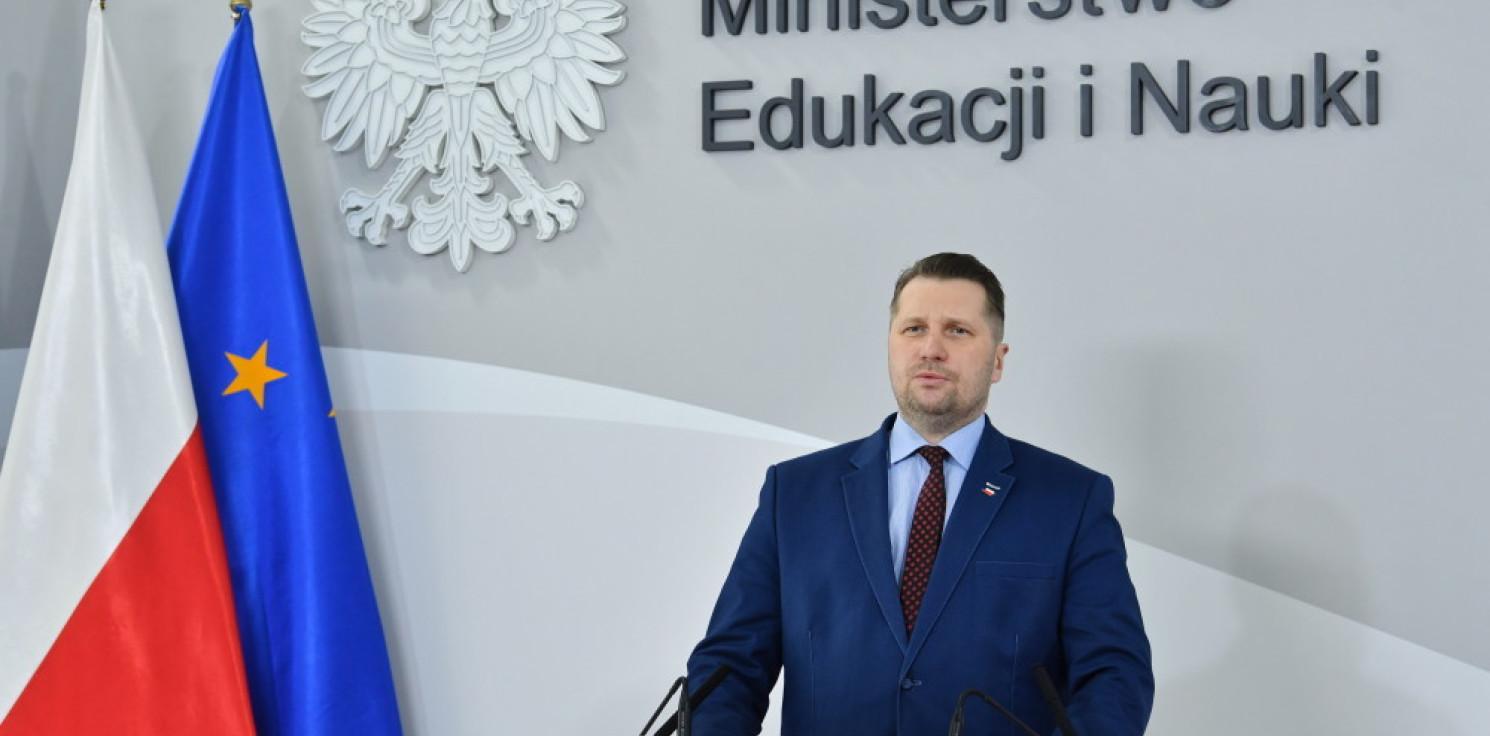 Kraj - Czarnek: chcemy stworzyć dwa programy nauczania historii lokalnej