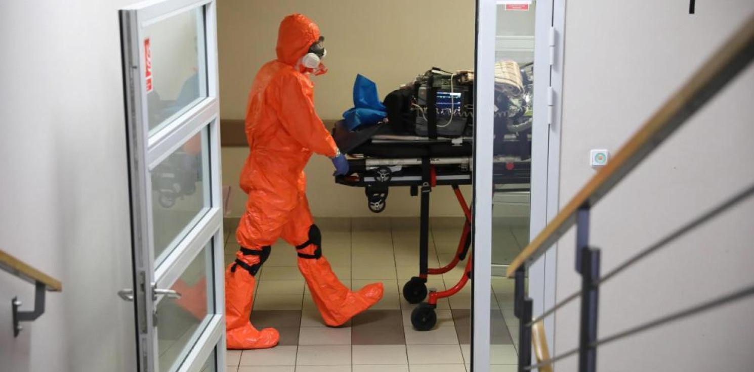 Kraj - MZ: 73 nowe zakażenia koronawirusem, zmarła jedna osoba z COVID-19
