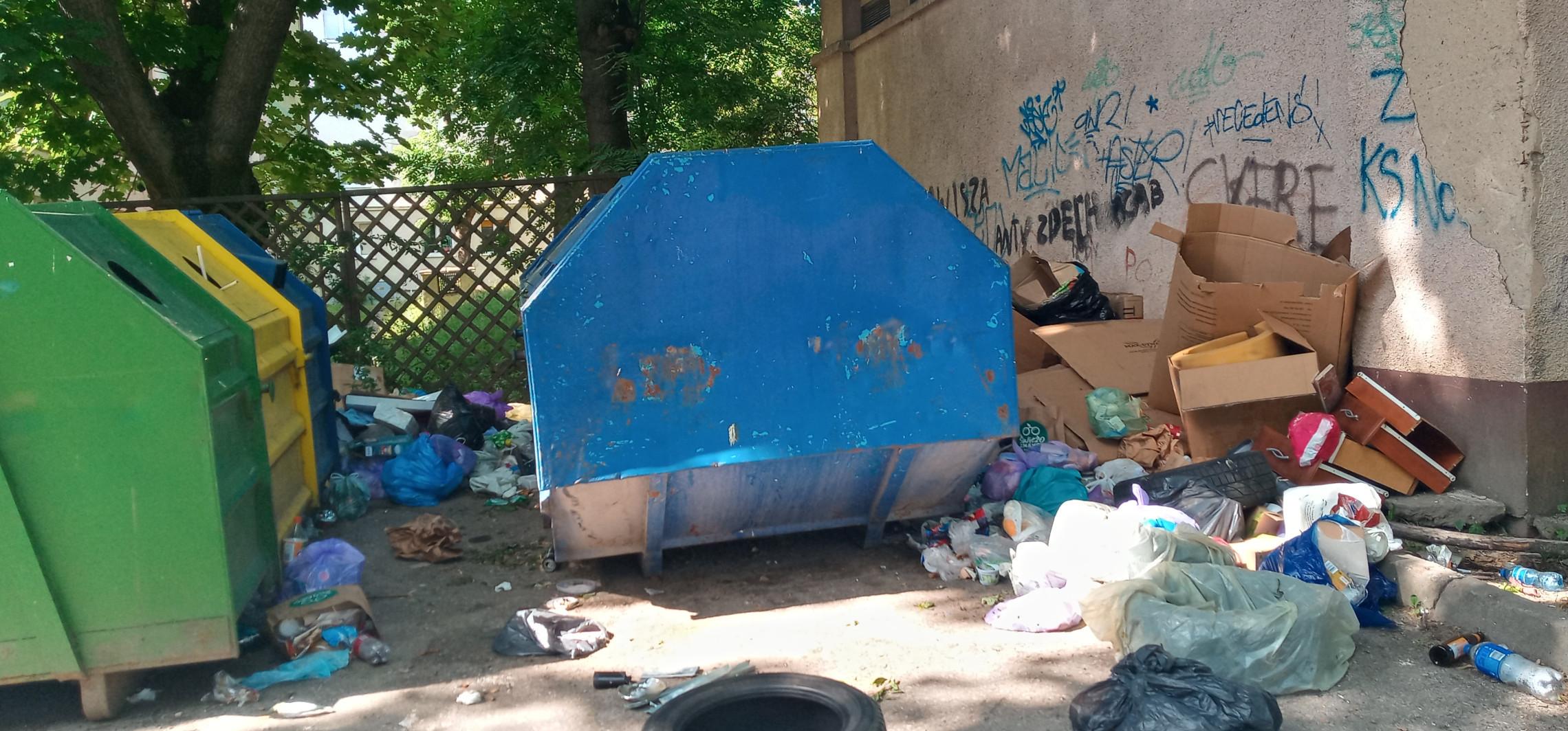 Inowrocław - Mieszkańcy chcą wiaty śmietnikowej, ale jest problem