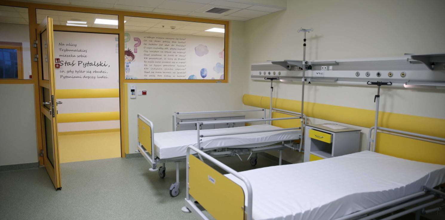 Kraj - Niedzielski: decyzja w sprawie odwiedzin w szpitalach należy do ich kierowników