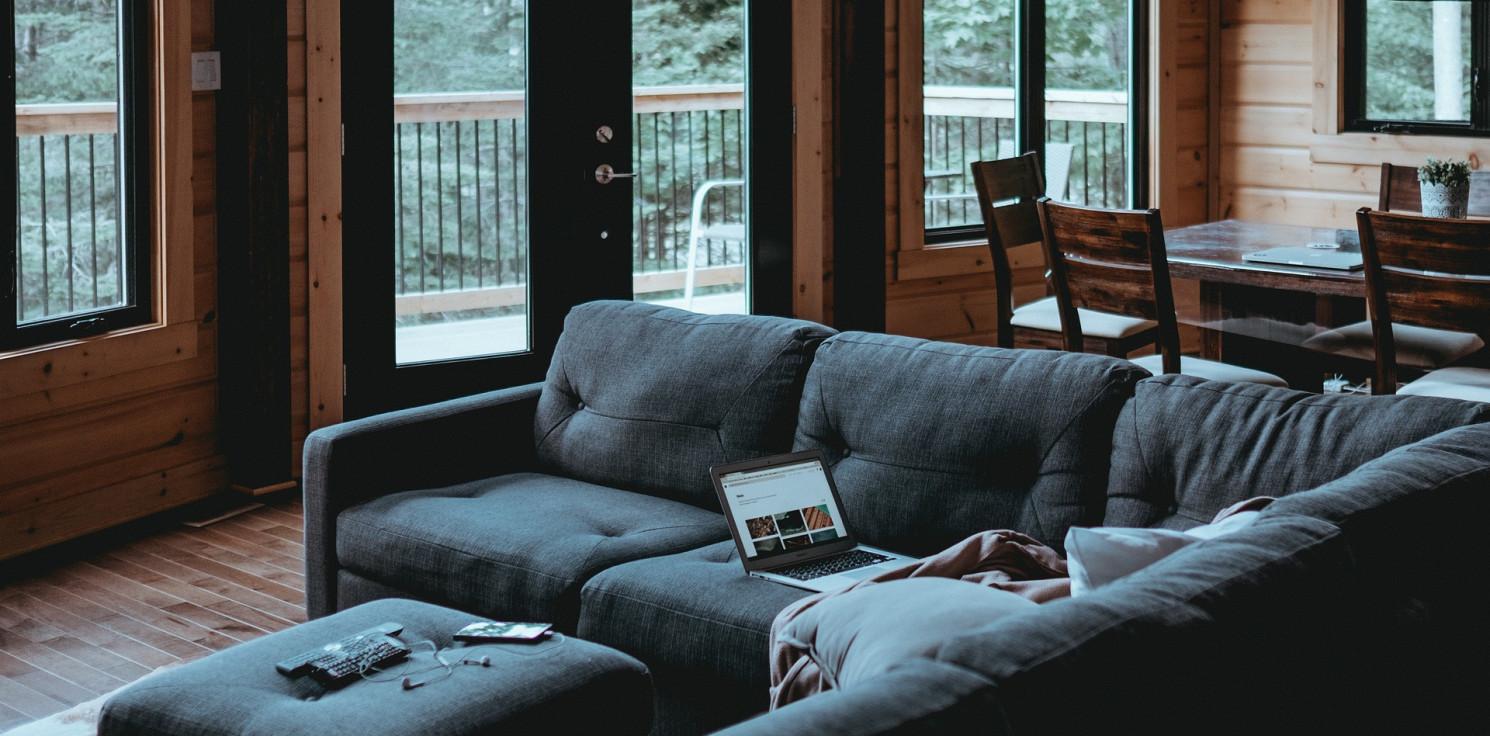 Region - Komplety wypoczynkowe z funkcją spania - jak dopasować je do stylu wnętrza? Poznaj ciekawe inspiracje