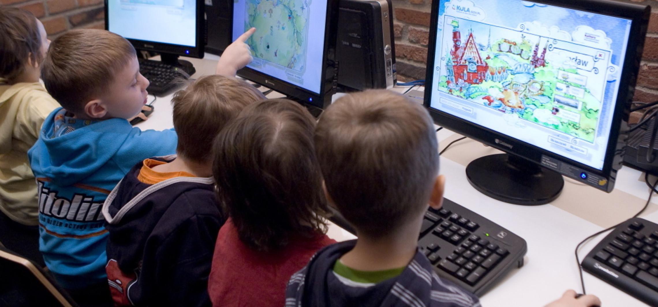 Prof. Jędrzejko: Cyfrowe piekiełko naszych dzieci