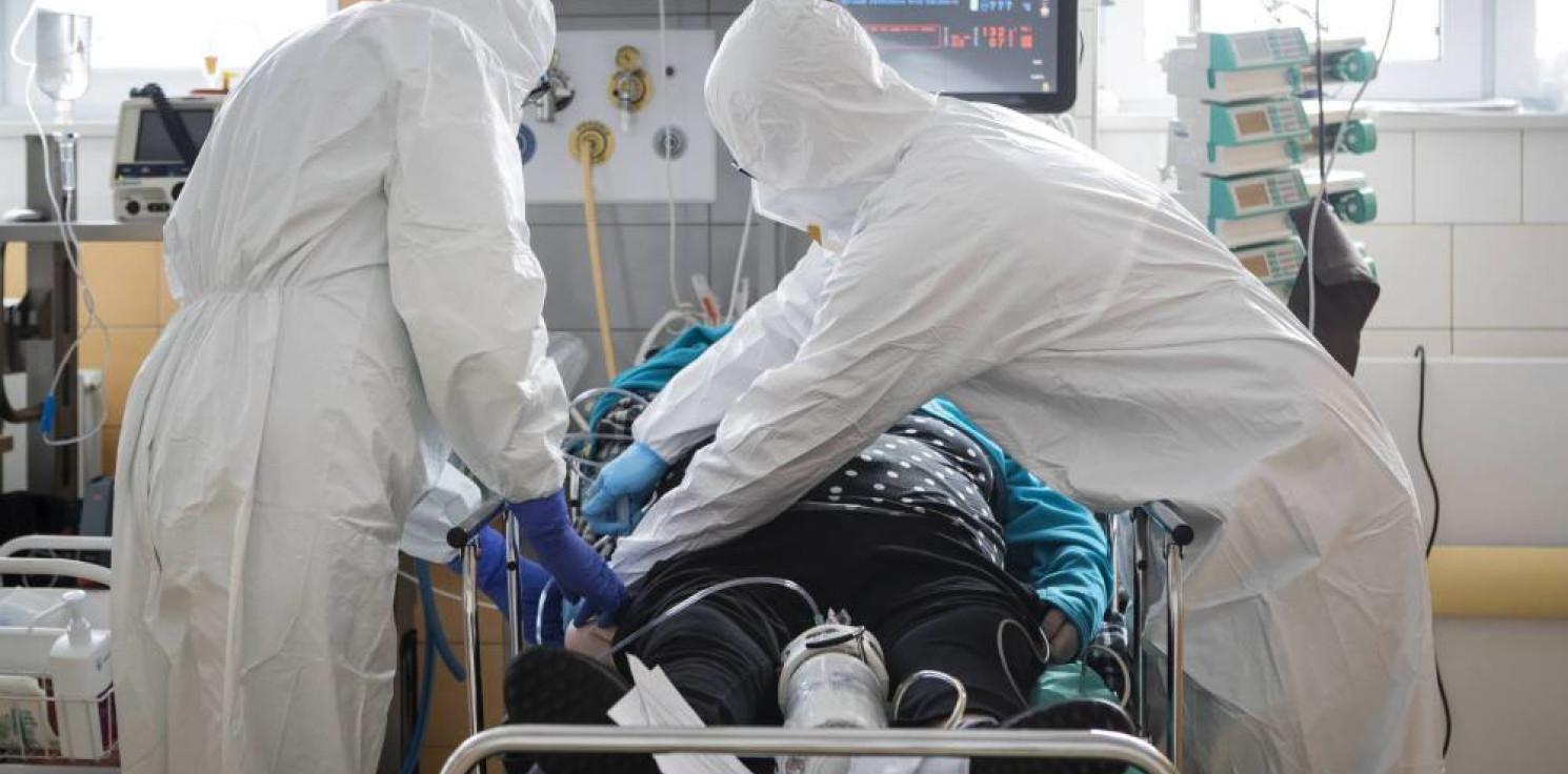 Kraj - Ministerstwo Zdrowia: 882 nowe zakażenia koronawirusem, zmarło 20 osób z COVID-19