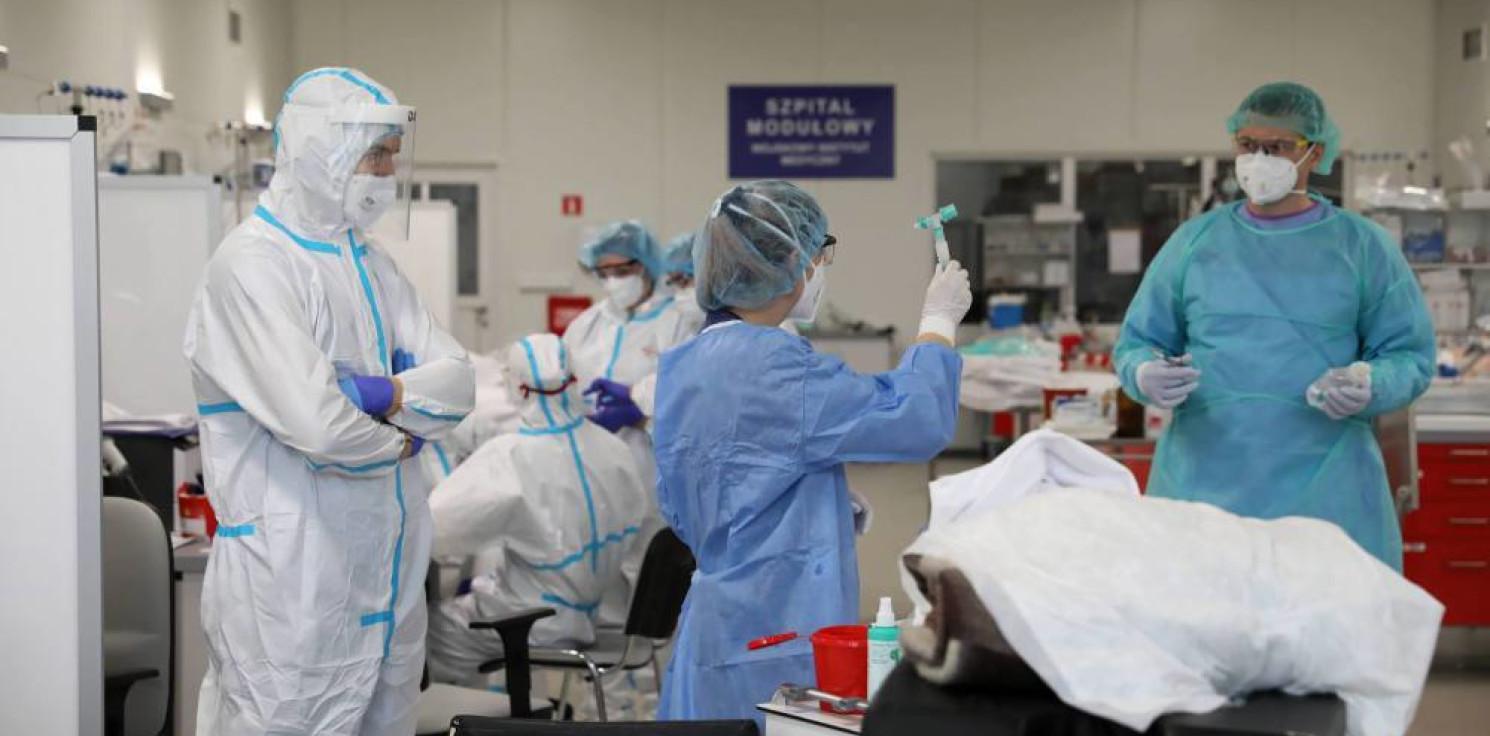 Kraj - Ministerstwo Zdrowia: 974 nowe zakażenia koronawirusem, zmarło 14 osób z COVID-19