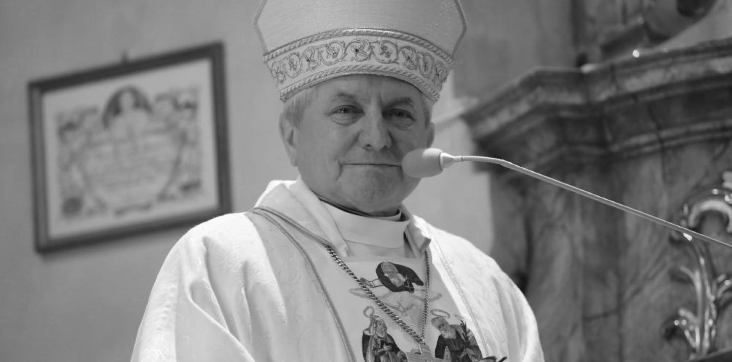 Kraj - Episkopat: zmarł biskup senior diecezji kaliskiej Edward Janiak
