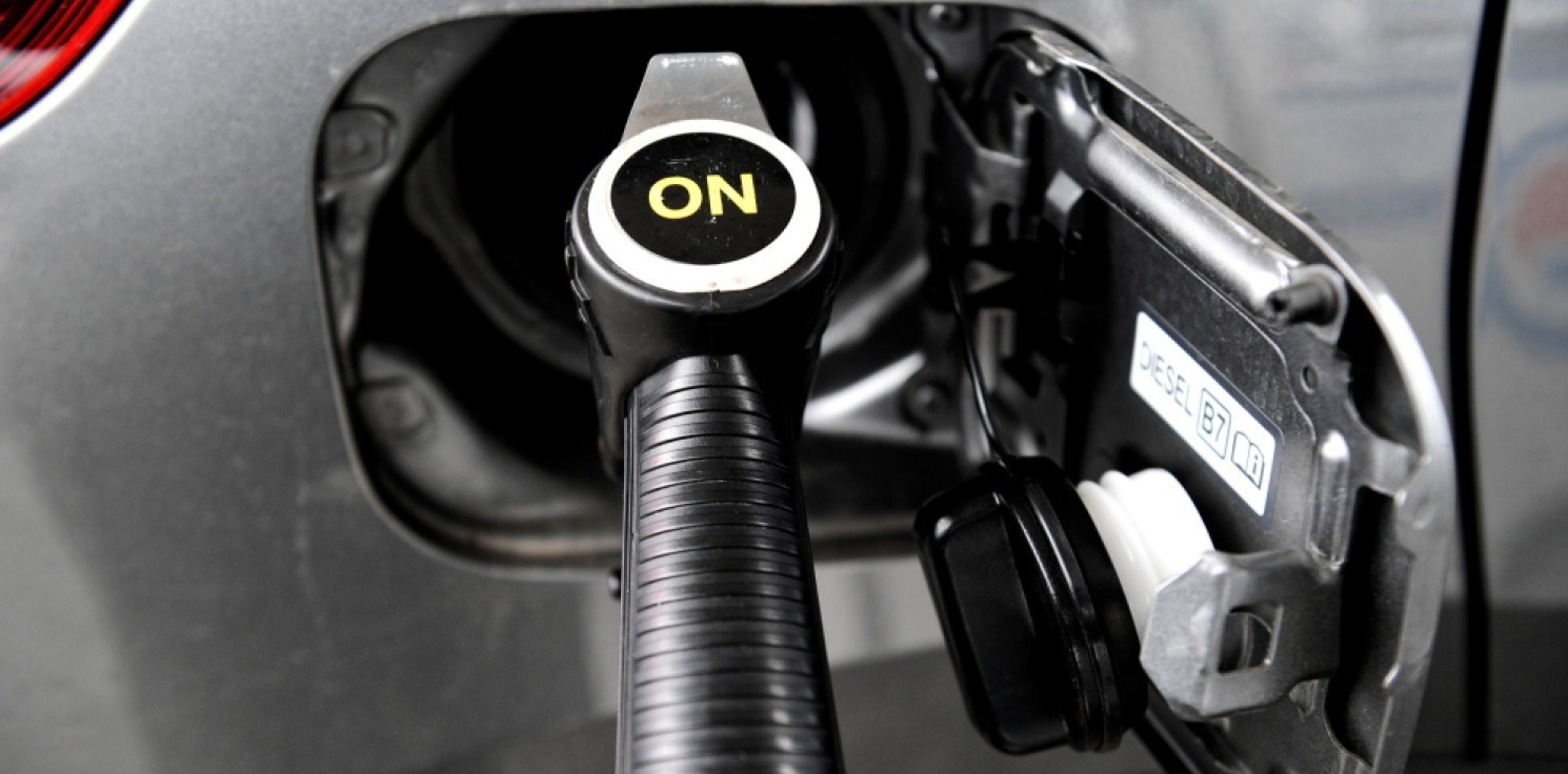 Kraj - Analitycy: na stacjach paliw coraz bliżej historycznych rekordów cen