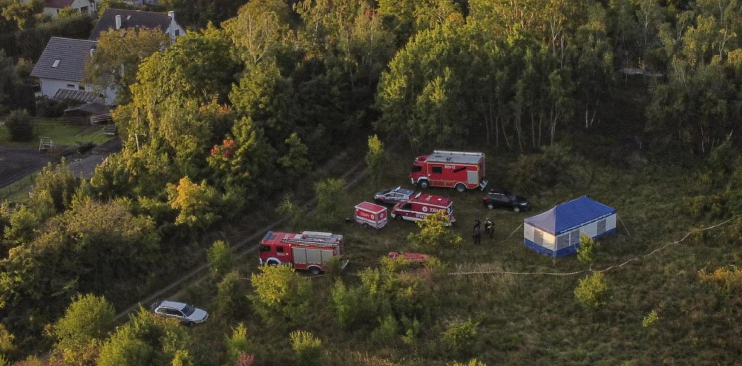 Kraj - Ratownicy PSP wydobyli ciała dwóch nurków z kopalni w Sobótce, zlokalizowali ciało trzeciej osoby