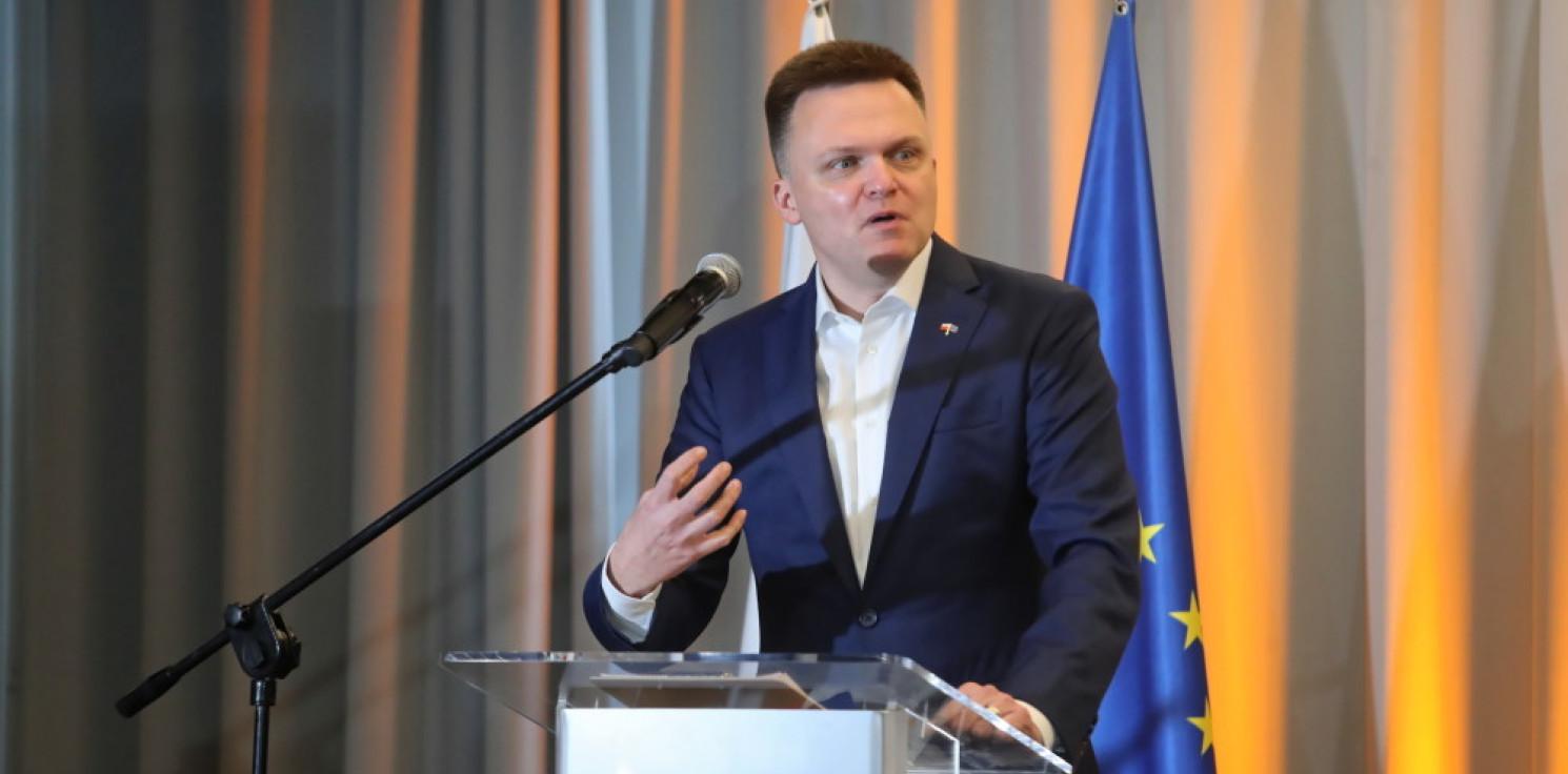Kraj - Hołownia: większość Polaków chce Polski europejskiej i samorządowej