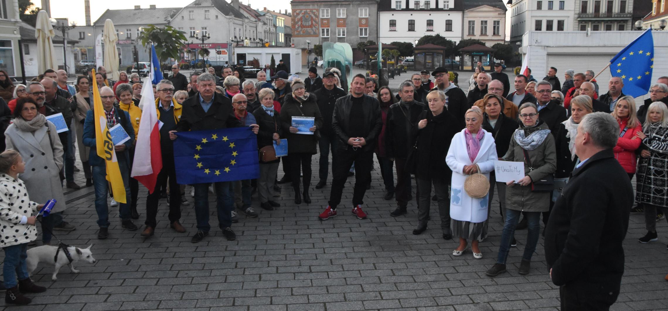 """Inowrocław - """"Unia to my"""". Manifestacja w Inowrocławiu"""