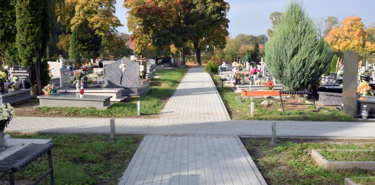Inowrocław - Alejki na cmentarzu komunalnym już gotowe