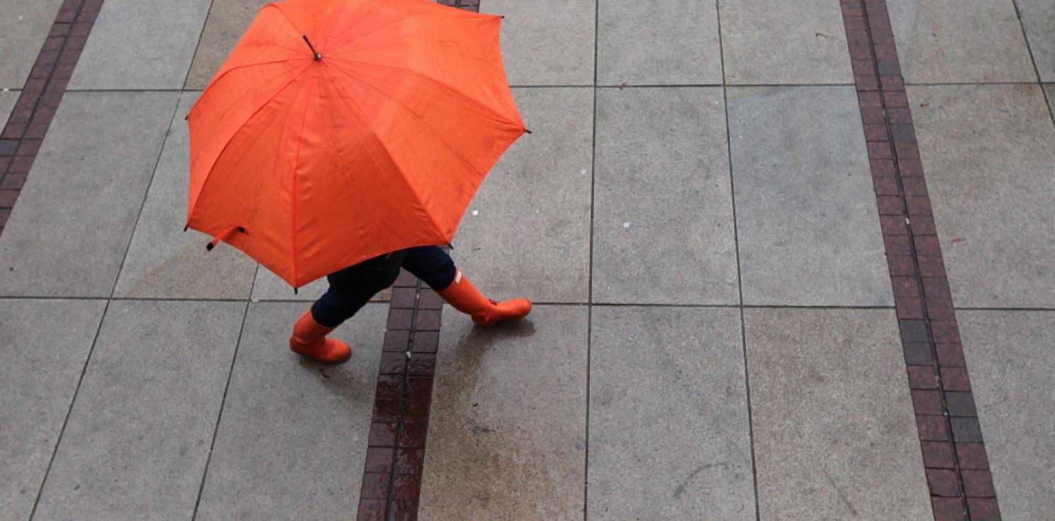 Kraj - IMGW: środa lokalnie deszczowa, ale z rozpogodzeniami, w nocy miejscami mróz
