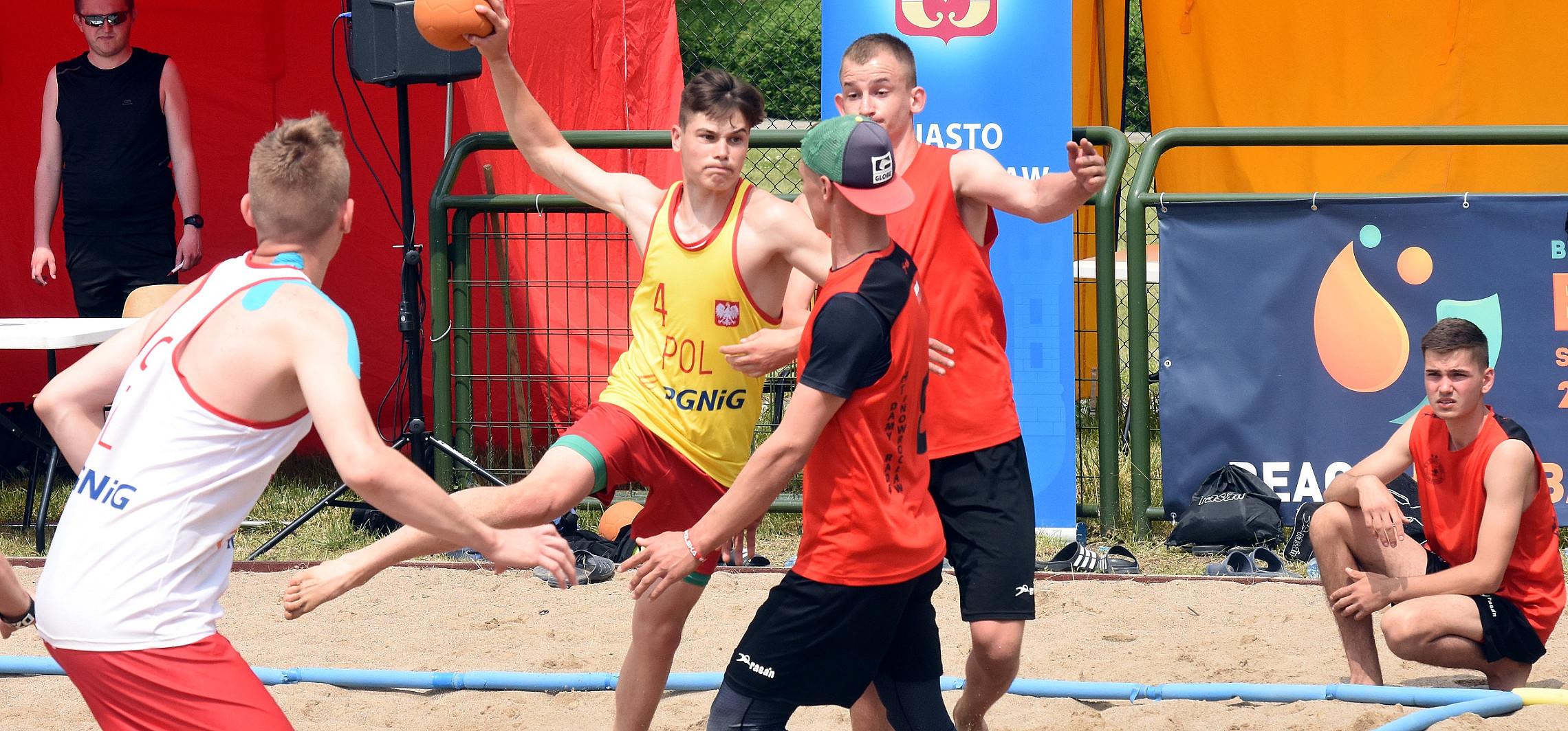 Inowrocław - Plażowy turniej oficjalnie rozpoczęty