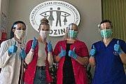 Koronawirus: Inowrocławianie produkują przyłbice
