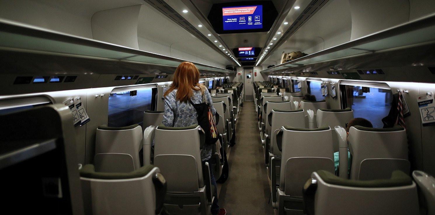 Kraj - Od poniedziałku wszystkie miejsca siedzące w pociągach PKP Intercity mogą być zajęte