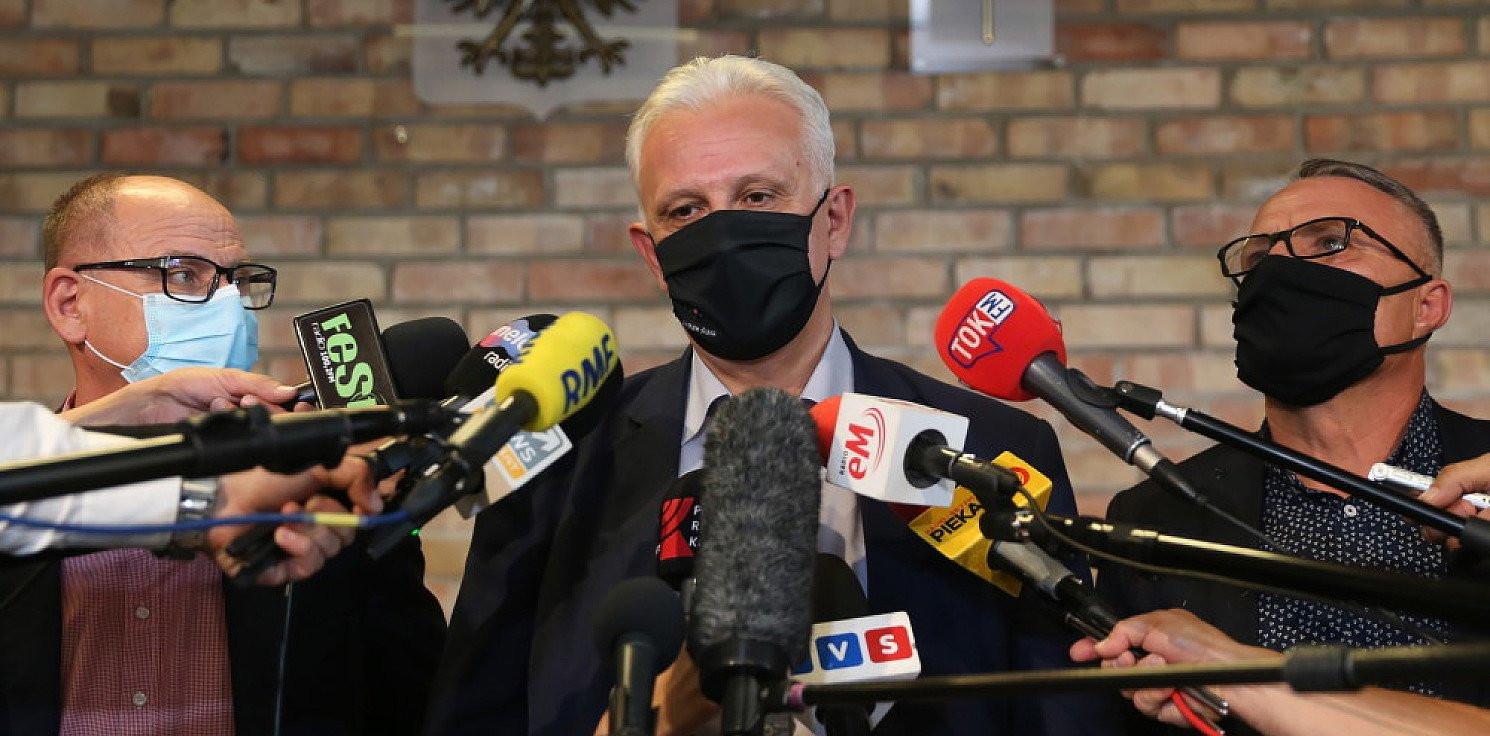 Kraj - W kopalniach protestuje ponad 230 osób; w Katowicach trwają rozmowy