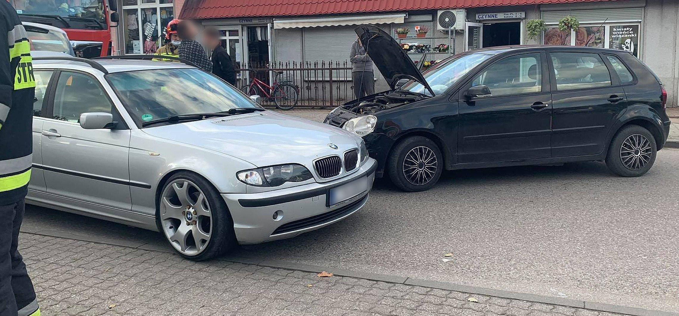 Zderzenie dwóch aut w Złotnikach Kujawskich