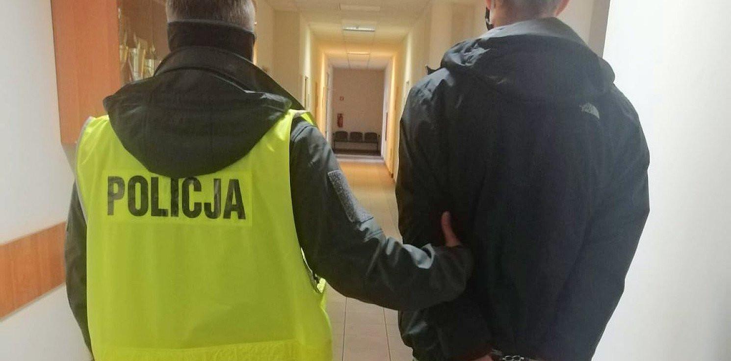 Bydgoszcz - Nie miał maseczki, odpowie za narkotyki