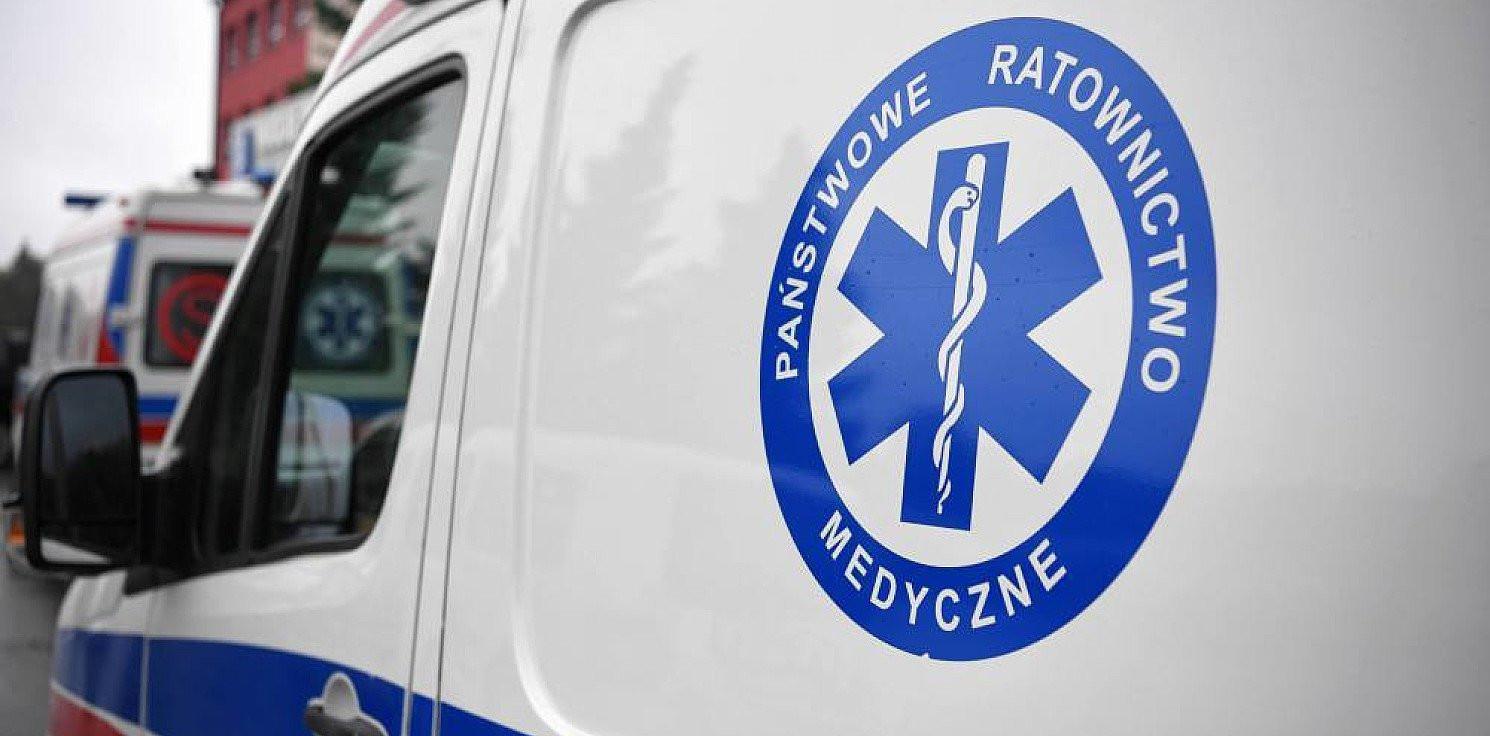 Kraj - Kontrola w szpitalach, które nie przyjęły kierowcy karetki z COVID-19, mężczyzna zmarł