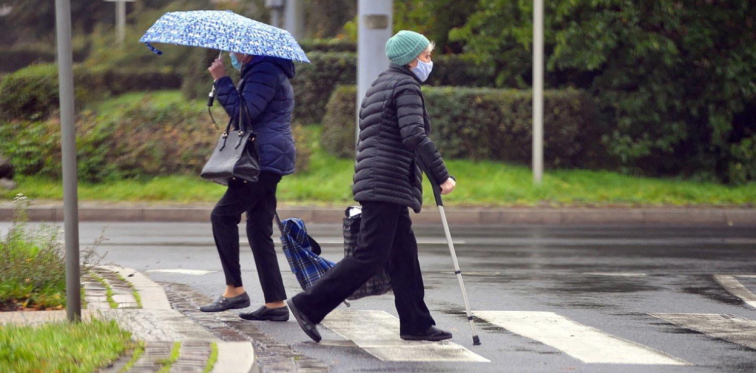 Kraj - Poczta Polska: renciści i emeryci na kwarantannie dostaną świadczenia w terminie
