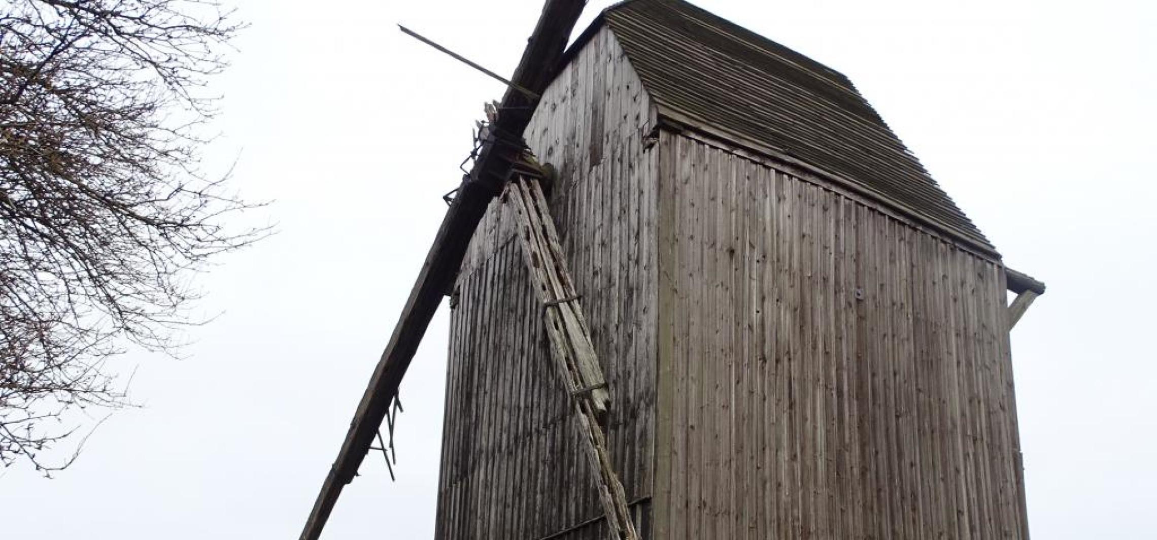 Kruszwica - Odnowią zabytkowy wiatrak za ponad milion zł