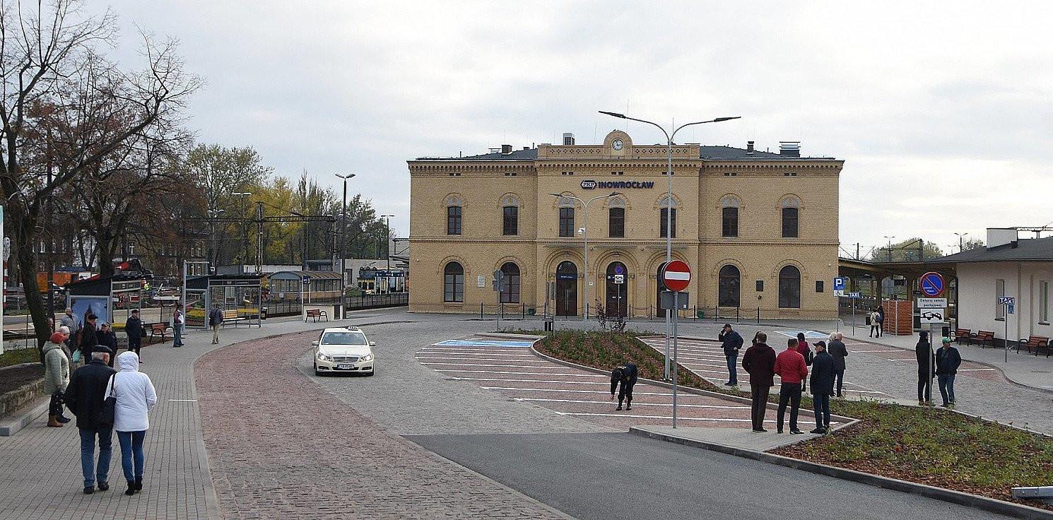 Inowrocław - Rozbój na dworcu PKP. Policja szuka świadków