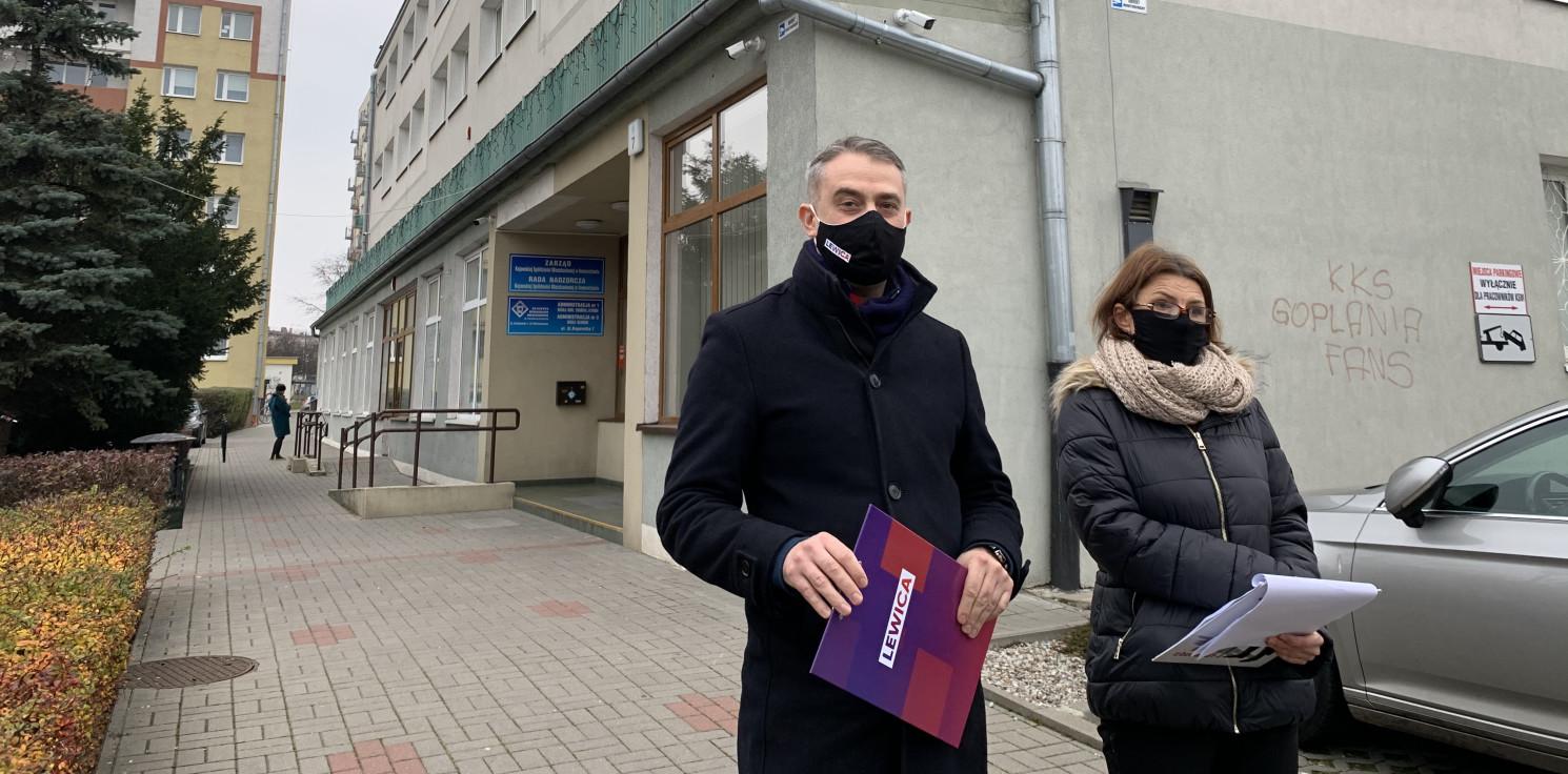 """Inowrocław - """"Można przywieźć pieniądze, które uratują kluby"""""""