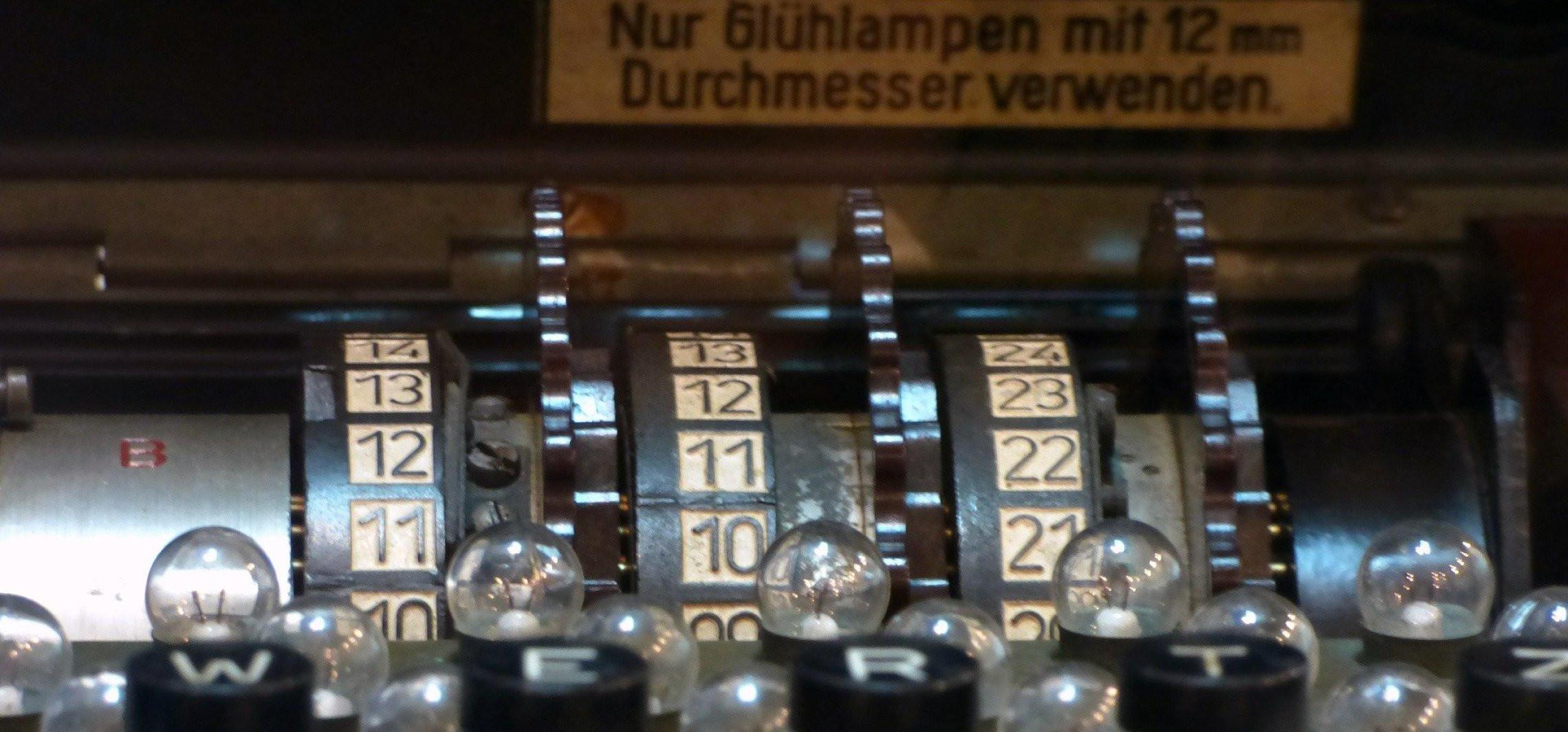 Niemieccy nurkowie wyłowili z Bałtyku maszynę szyfrującą Enigma
